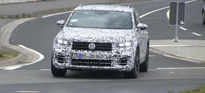 Заряженная версия VW T-Roc проходит тестирование в Германии