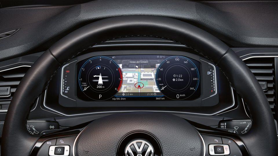 Панель приборов VW T-Roc