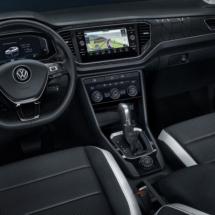 VW-T-roc-black7