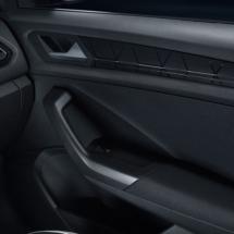 VW-T-roc-black8