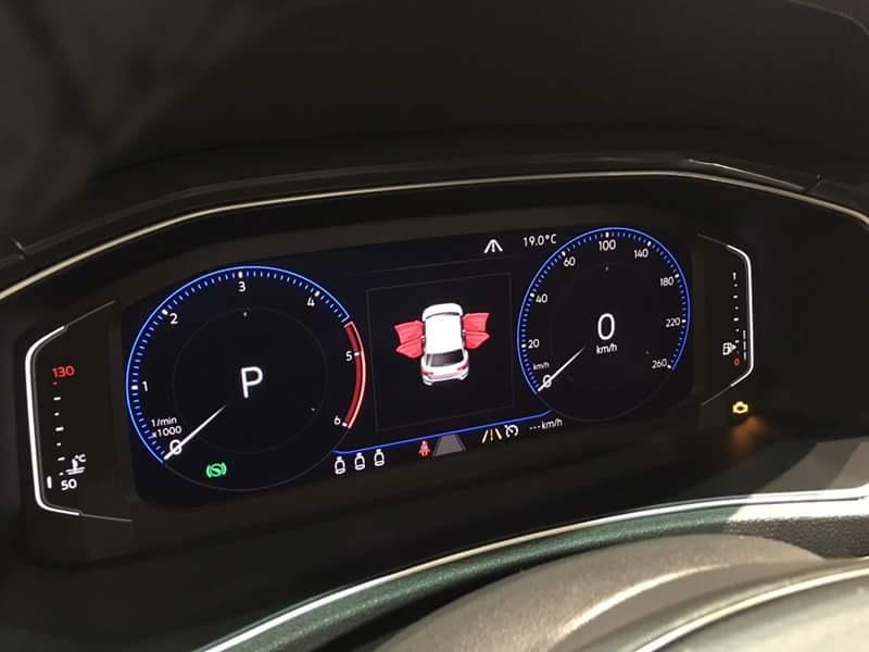 Volkswagen T-Roc Панель приборов