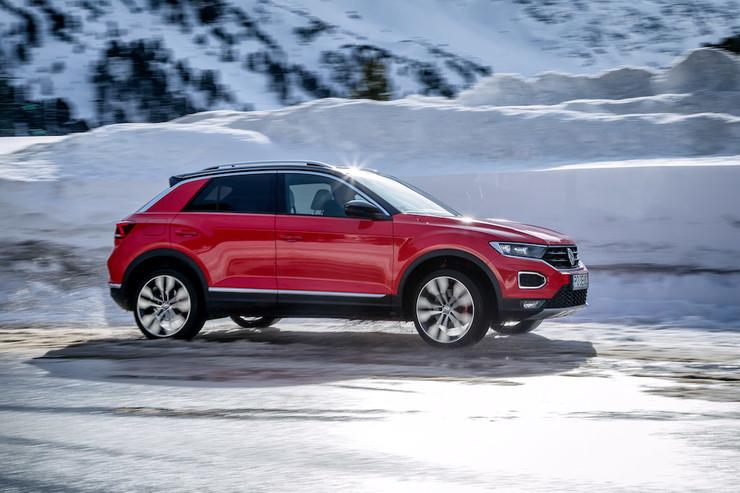 Тест-драйв Volkswagen T-Roc на снегу